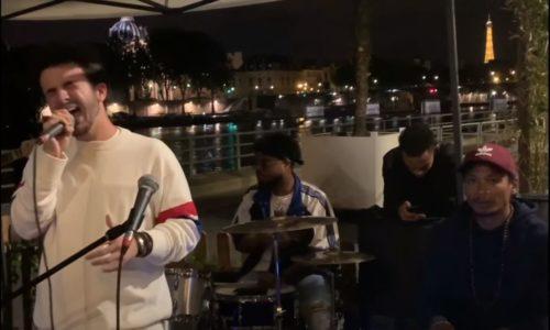 Concierto improvisado a orillas del Río Sena, París
